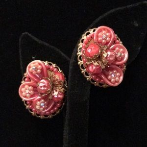 Pair of VTG pink beaded clip on earrings
